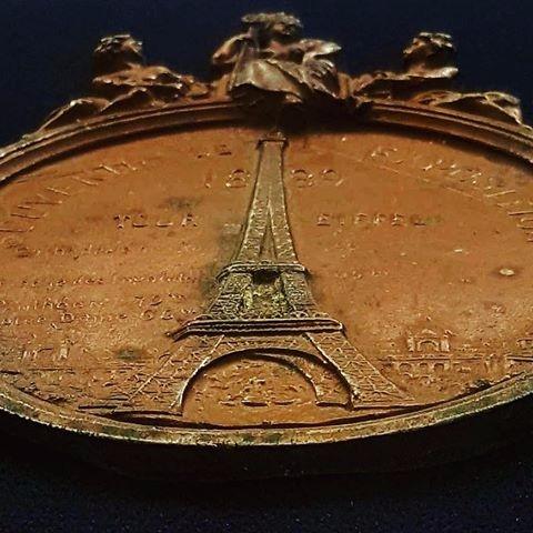 engraved image Eiffel Tower Exh - vicsimon | ello