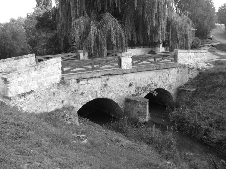 régi kőhíd Benta-patakon (Sóskú - turabazis | ello