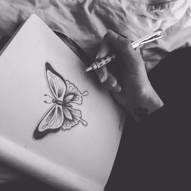 Quick sketch 🖤Prompt - inktober - auniakahn | ello