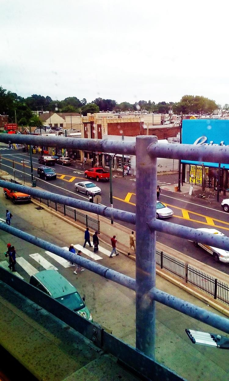 Street Tog report: photo El tra - hal-e | ello