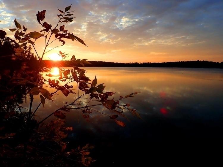 Sunset Quetico Provincial Park - ekrosnes   ello