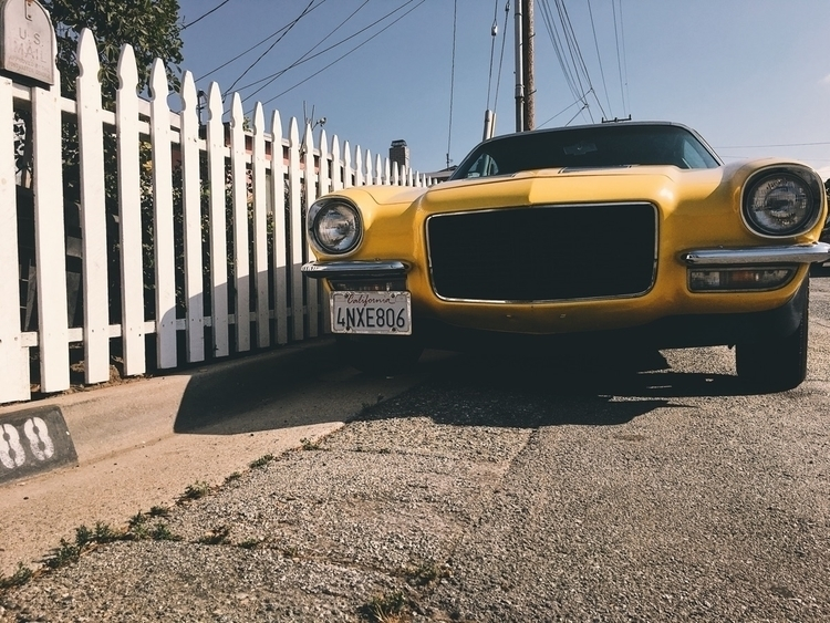 1971 - driveclassics, yellow, picketfences - tramod | ello