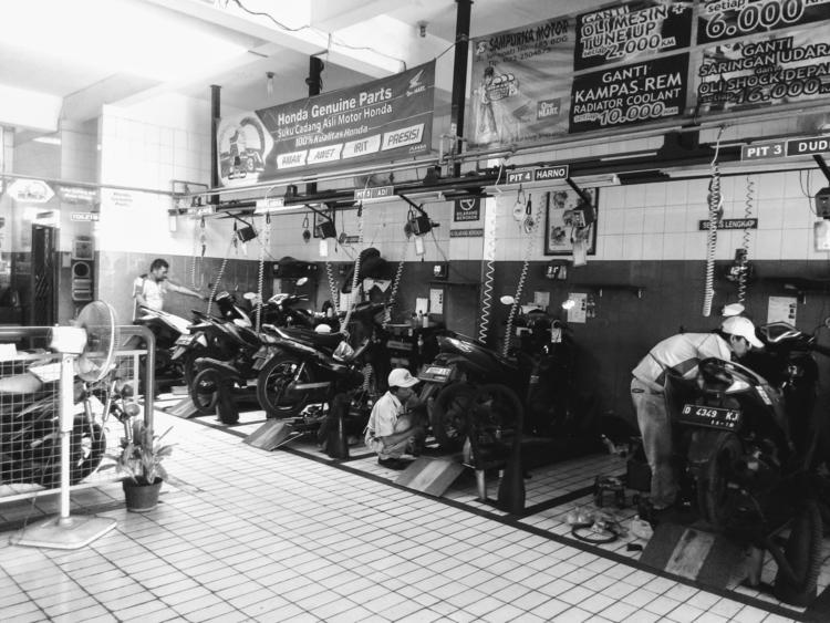 Motorcycle service center - motorcycle - ikhlasulamal   ello