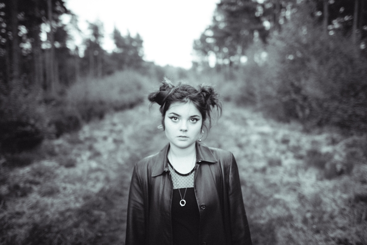 Rhianna - photography, portrait - domreess | ello