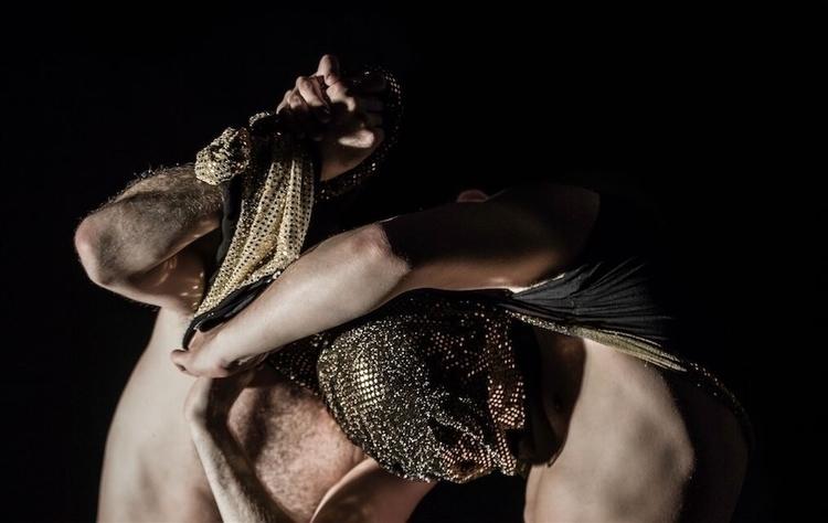 Flesh chiaroscuro. rehearsals r - riccardobuscarini | ello
