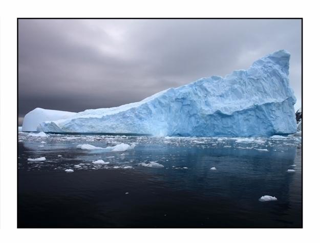 Iceberg, Cierva Cove, Antarctic - etbtravelphotography | ello