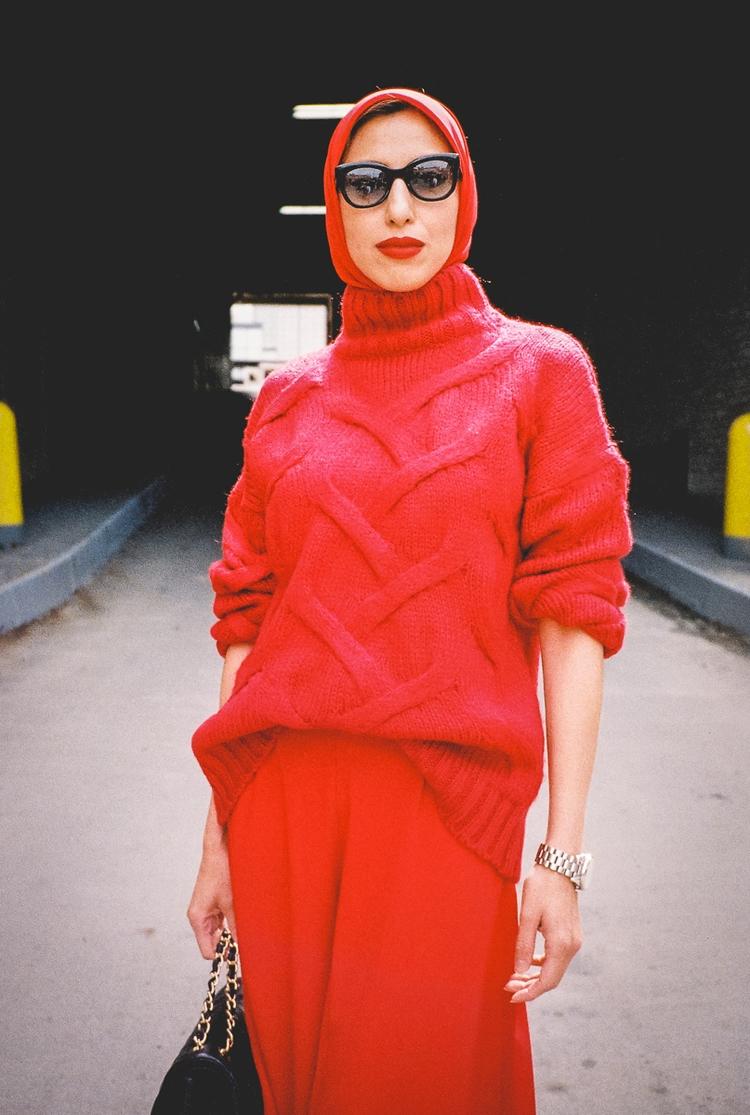 Red - photo Invite Vol. 2 - 35mm - danbassini | ello