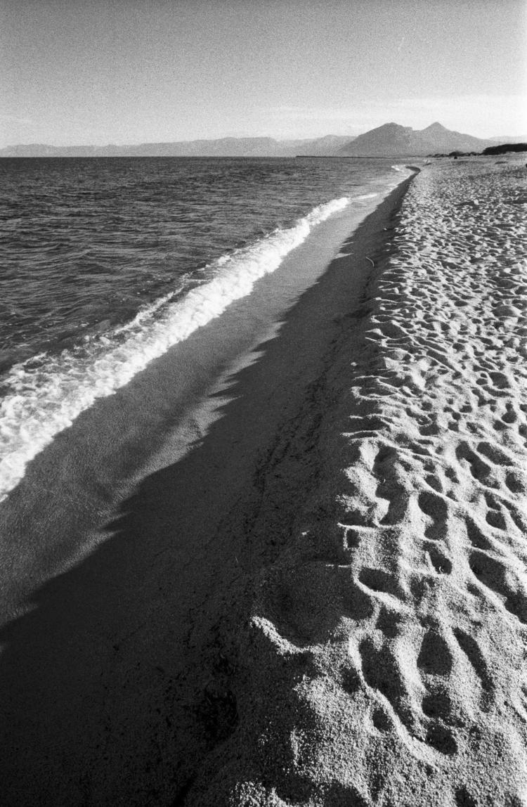 Italian lines, la spiaggia - photography - nonophuran | ello