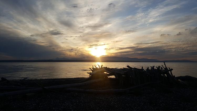 Fort Sunset! Clinton, WA - littleduffer20 | ello