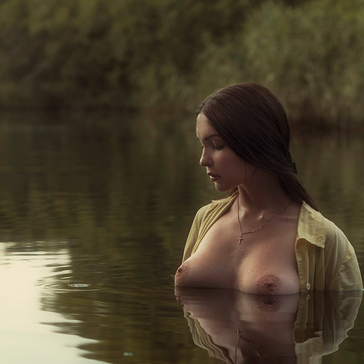 brunette, boobs, tits, river - ukimalefu | ello