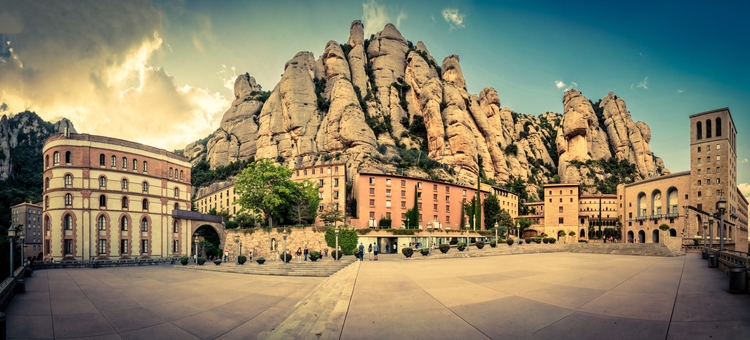 Santa Maria de Montserrat Abbey - rickschwartz | ello