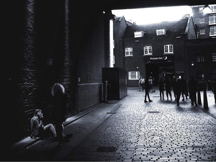 Chasing Light (London UK 2017)  - dainahodgson   ello