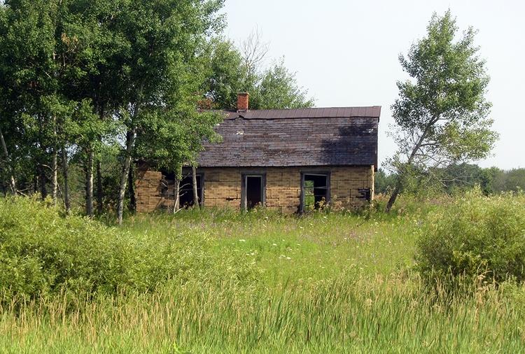 ghost town Jennings, Missaukee  - nailhed | ello