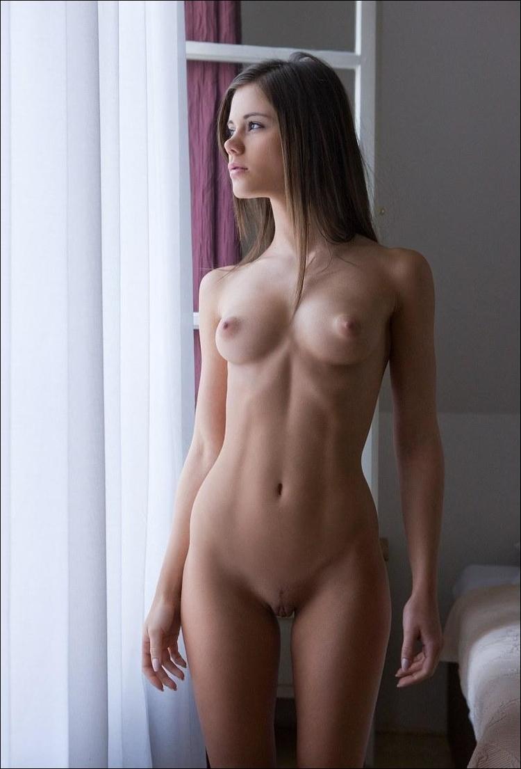 brunette, tits, naked, nude, nsfw - ukimalefu | ello