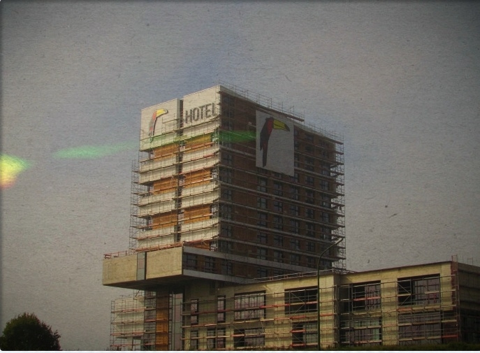 Pelican Hotel. live hotels, peo - psychokinesiz | ello
