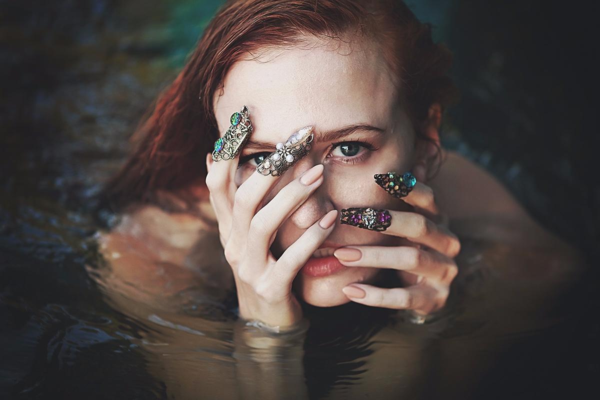 Photographer:Linda Drake Conce - darkbeautymag | ello