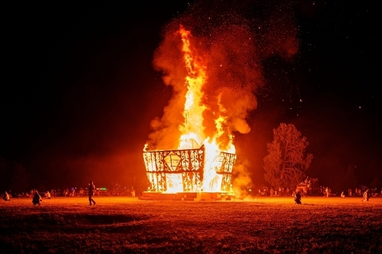 Burn Baby Burn - australia, bonfire - realstephenwhite | ello