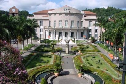 Teatro Carlos Gomes - Blumenau  - marilsecnnedly | ello