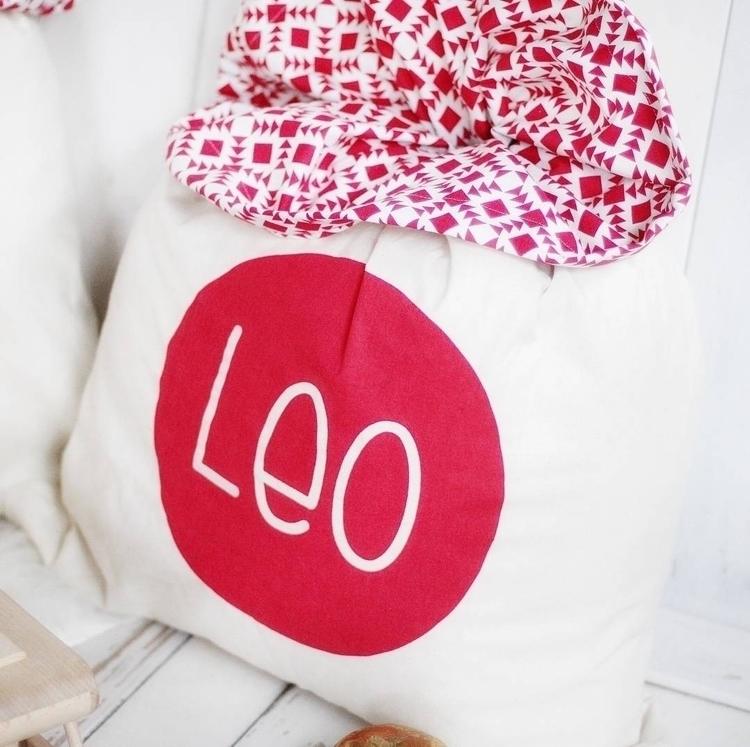 complete custom sacks $69 - sack-it | ello