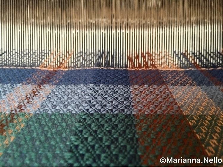 weaving studio Time woolen scar - mariannanello | ello