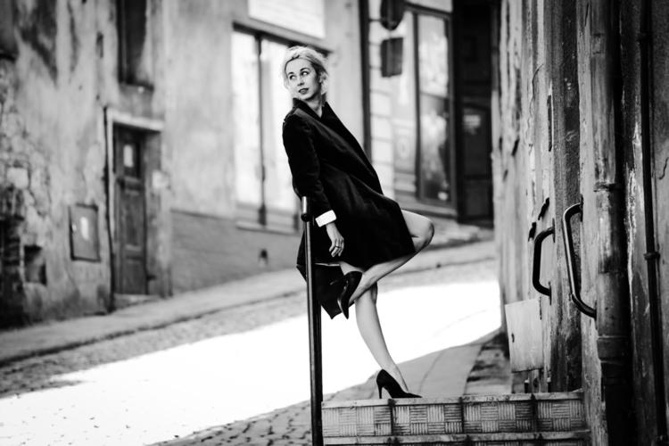 jesień - meganpoparda, fashion, blackandwhite - meganpoparda | ello