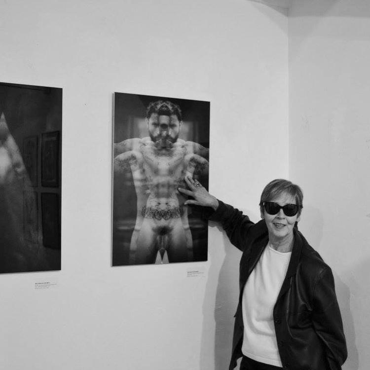 curator Eva Czerkl exhibition E - williamdavidebrio   ello