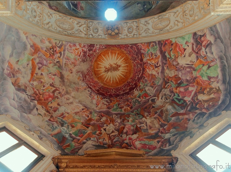 Milan (Italy): Vault apse Foppa - milanofotografo | ello
