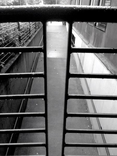Detail fence Terminal Building  - dave63 | ello