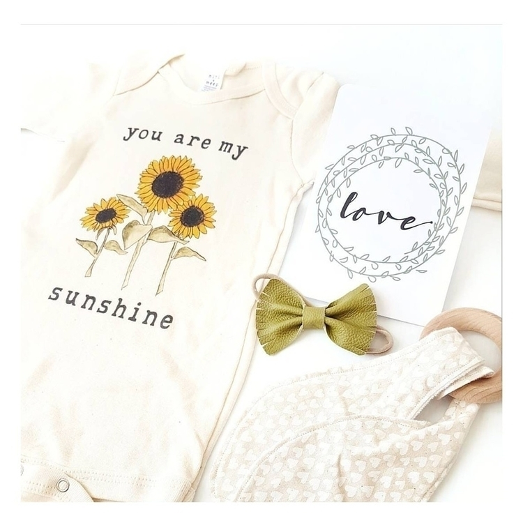 ♡ Sunshine Happy Monday Lovers - blossomandbeekids | ello