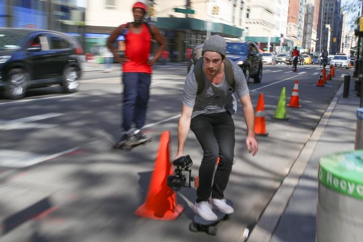 **Moving Images** skater videoi - kevinrubin   ello