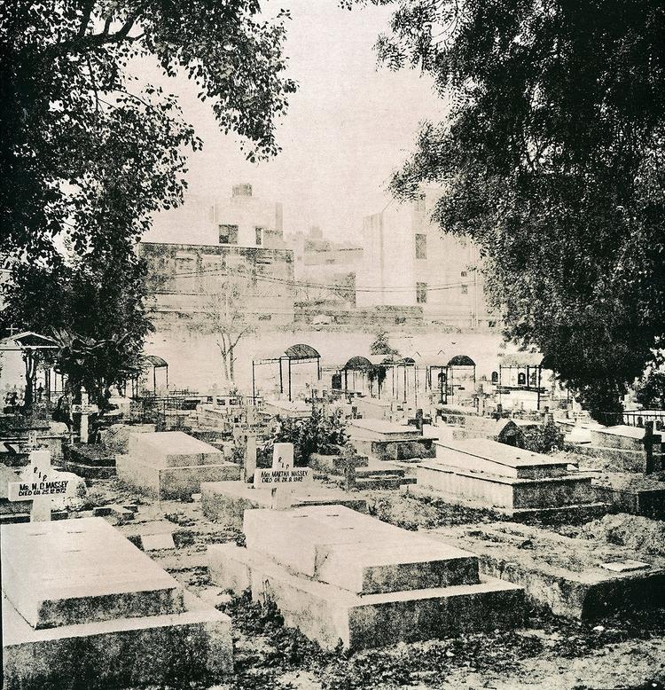Christian cemetery, Delhi, Indi - subtlememories | ello