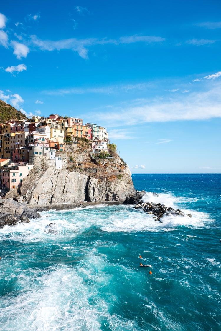 behold… Manarola Cinque Terre F - giovalife | ello