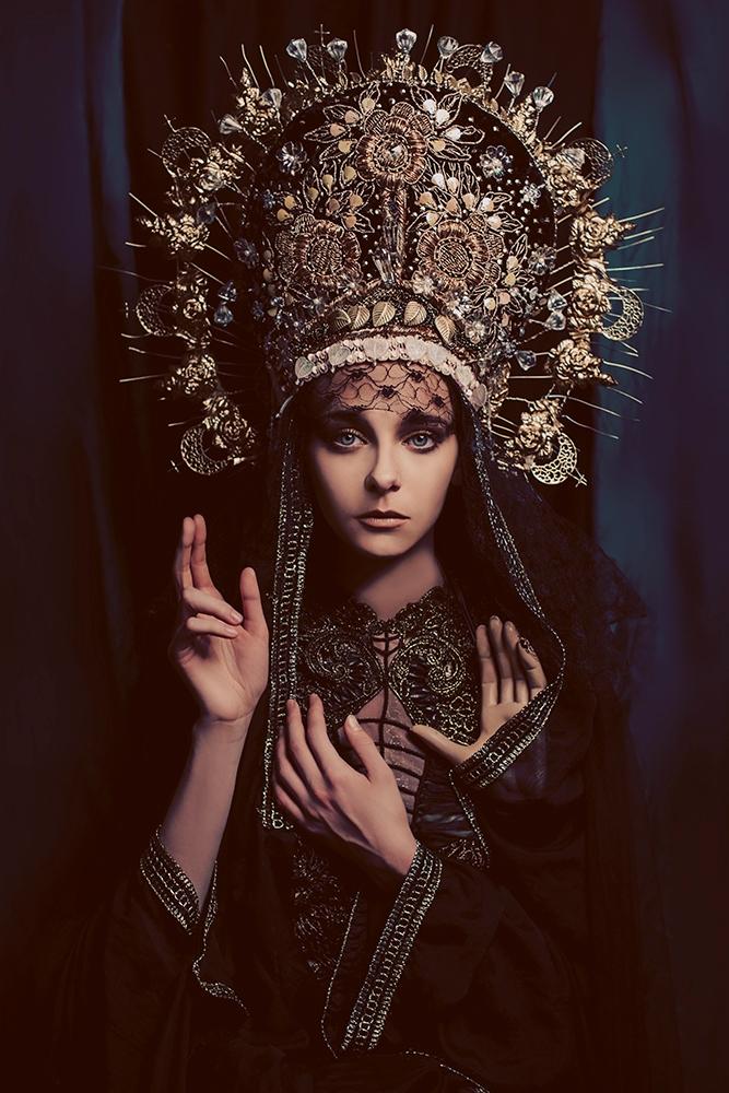 Madonna Triheirousa Submitted  - kasia_widmanska | ello