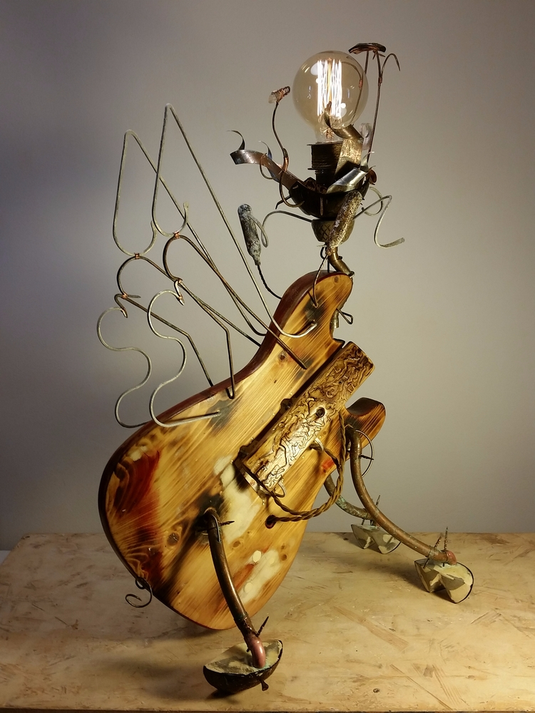 flyingpig, lightning, sculpture - chipamarie | ello