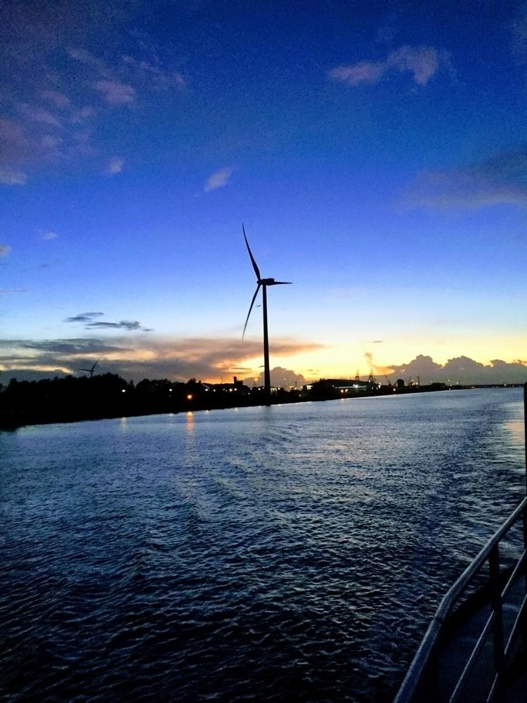 sunrise hold promise sunset pea - rinoca_ | ello
