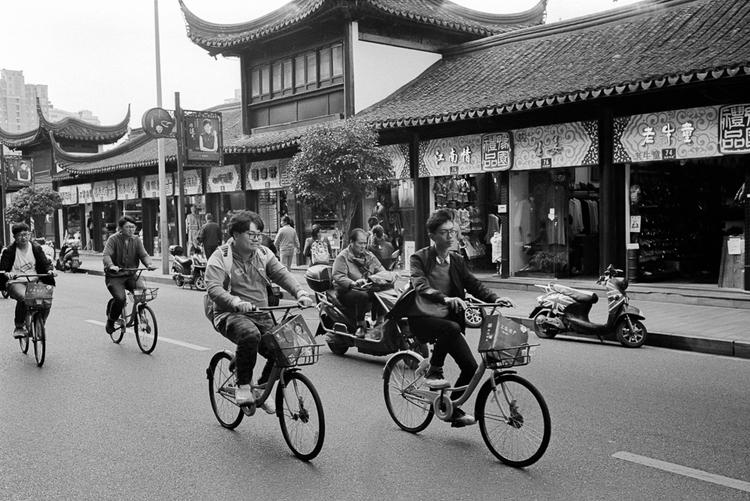 Shanghai, 2017. Leica M4, 400 - 35mm - stanleyomar | ello