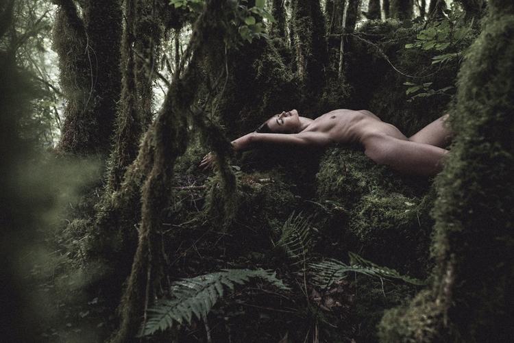 "Amazone"" — Photographer:Julien - darkbeautymag | ello"