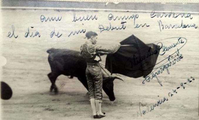 Bullfight 15 signed postcards  - bintphotobooks | ello