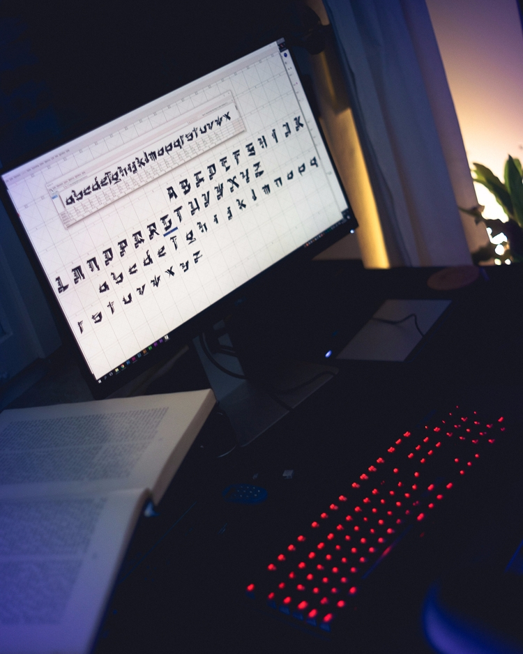 Kingdom - typography, fontdesign - markuskoellmann | ello