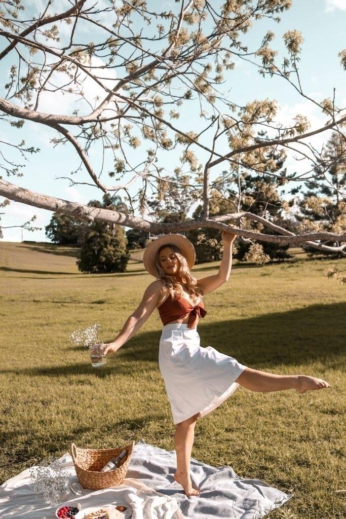 dancing - jessieswinford | ello
