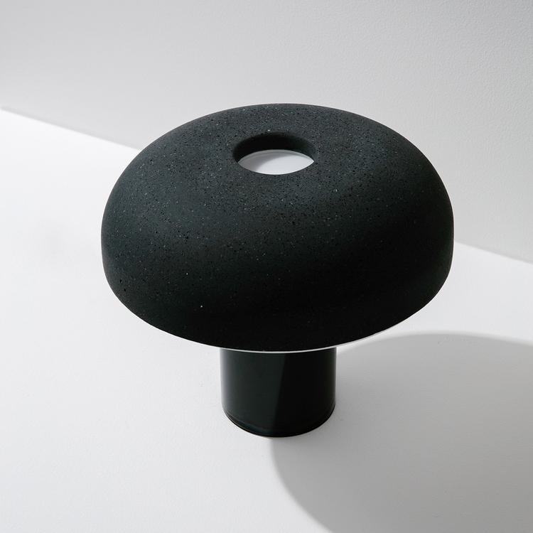 Design: PLDO Savvy Studio PL VV - minimalist | ello