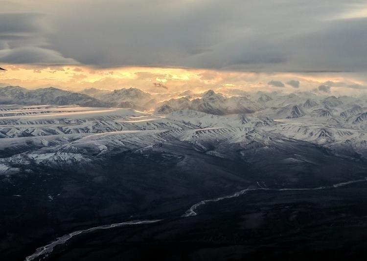 gorgeous view flight Anchorage  - lwpetersen | ello