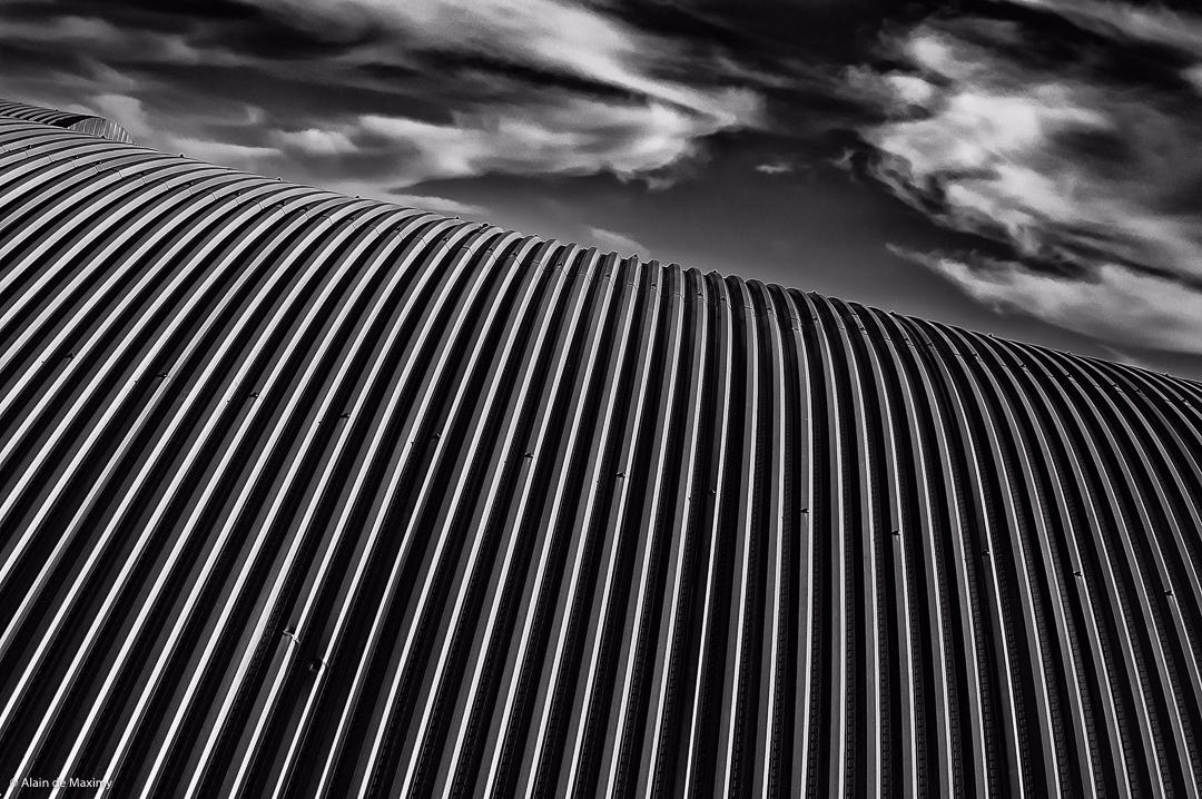 Roof Clouds - architecture, photo - maximy | ello