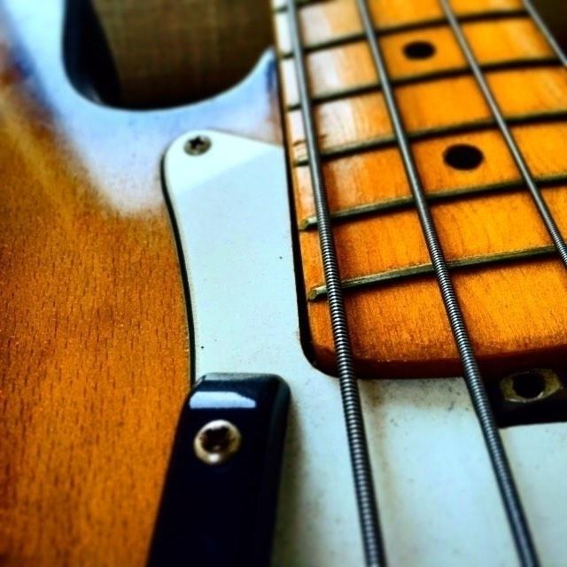 bass, bassguitar, instrument - guiville | ello