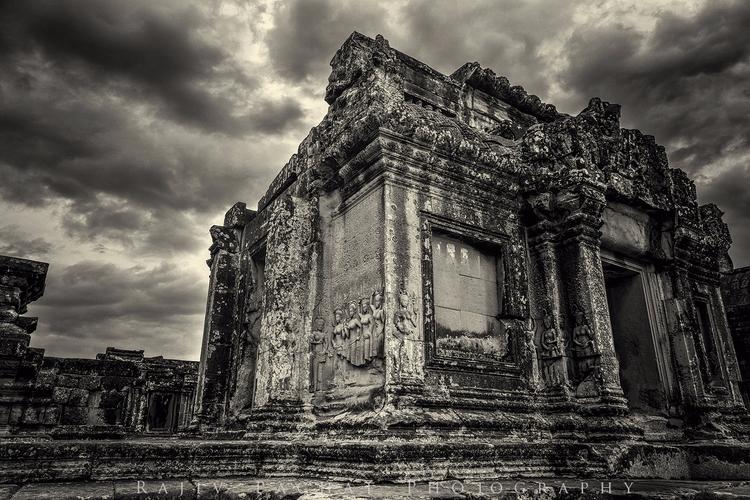 Phnom Bakheng Location - Siem R - morpheus2004 | ello