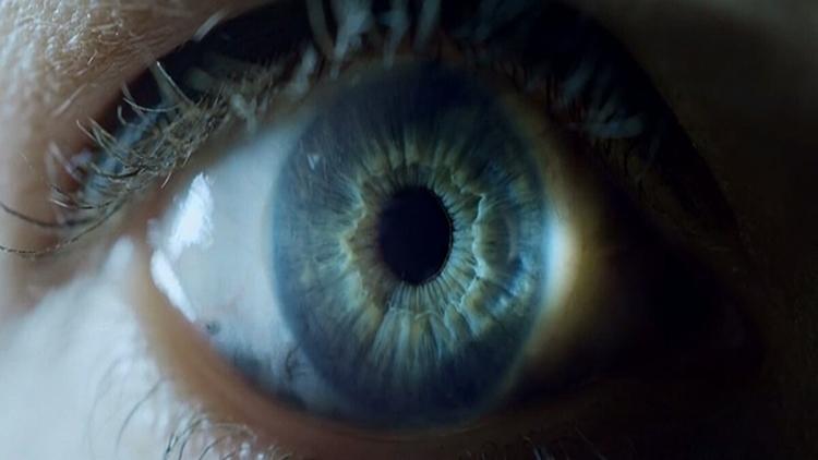 Blue Eyes Hypnotize Kardi Hai M - suryakamal | ello