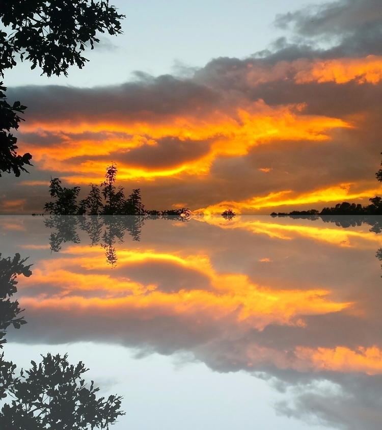 Clouds reflected special image - vincentvicari | ello