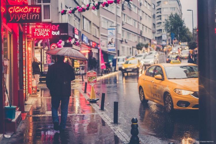 Rainy day Beşiktaş, Istanbul - besiktas - mikitakesphotos | ello
