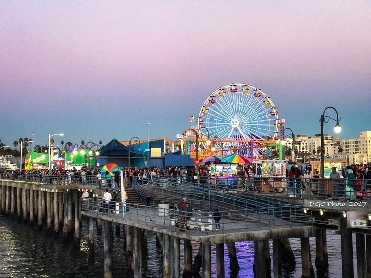 Santa Monica Board Walk:zap:️:s - dgphotog57 | ello