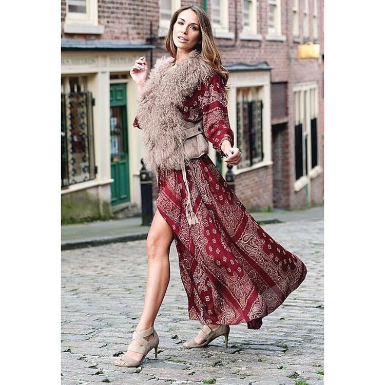 Street Style Shot styled outfit - mirandahirb | ello